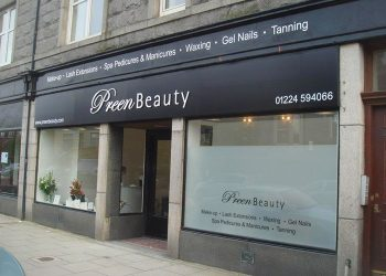 Preen Beauty External Signage